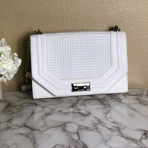 NINE WEST WHITE CLUTCH / PURSE with chain straps